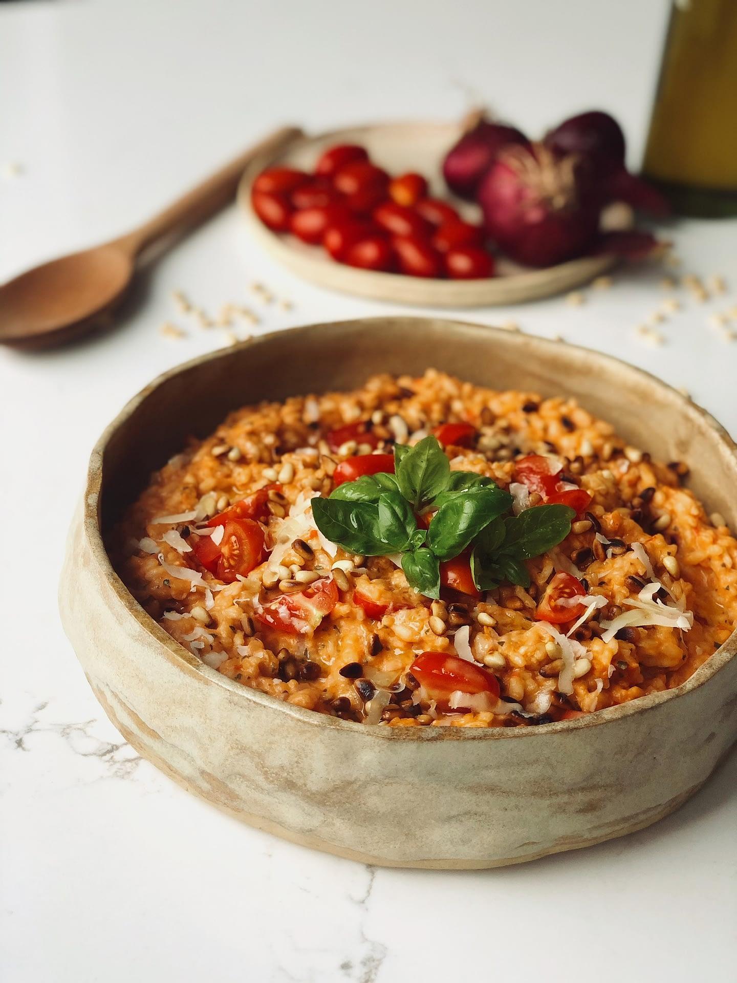Risotto aux tomates, ricotta et basilic